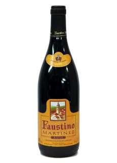 Crno vino Faustino Martínez